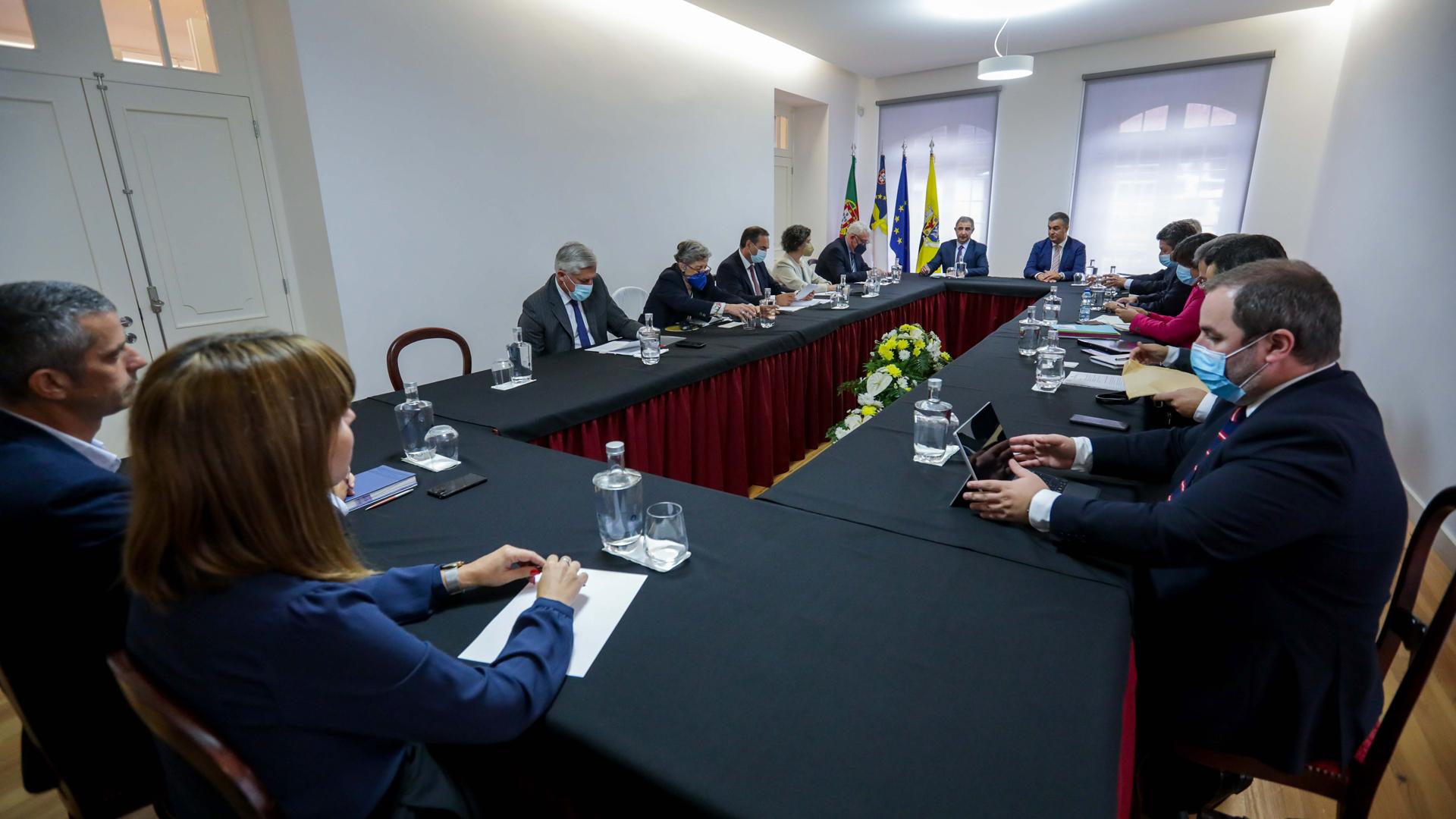 Reunião com o Presidente e Vereação da Câmara Municipal do concelho jorgense