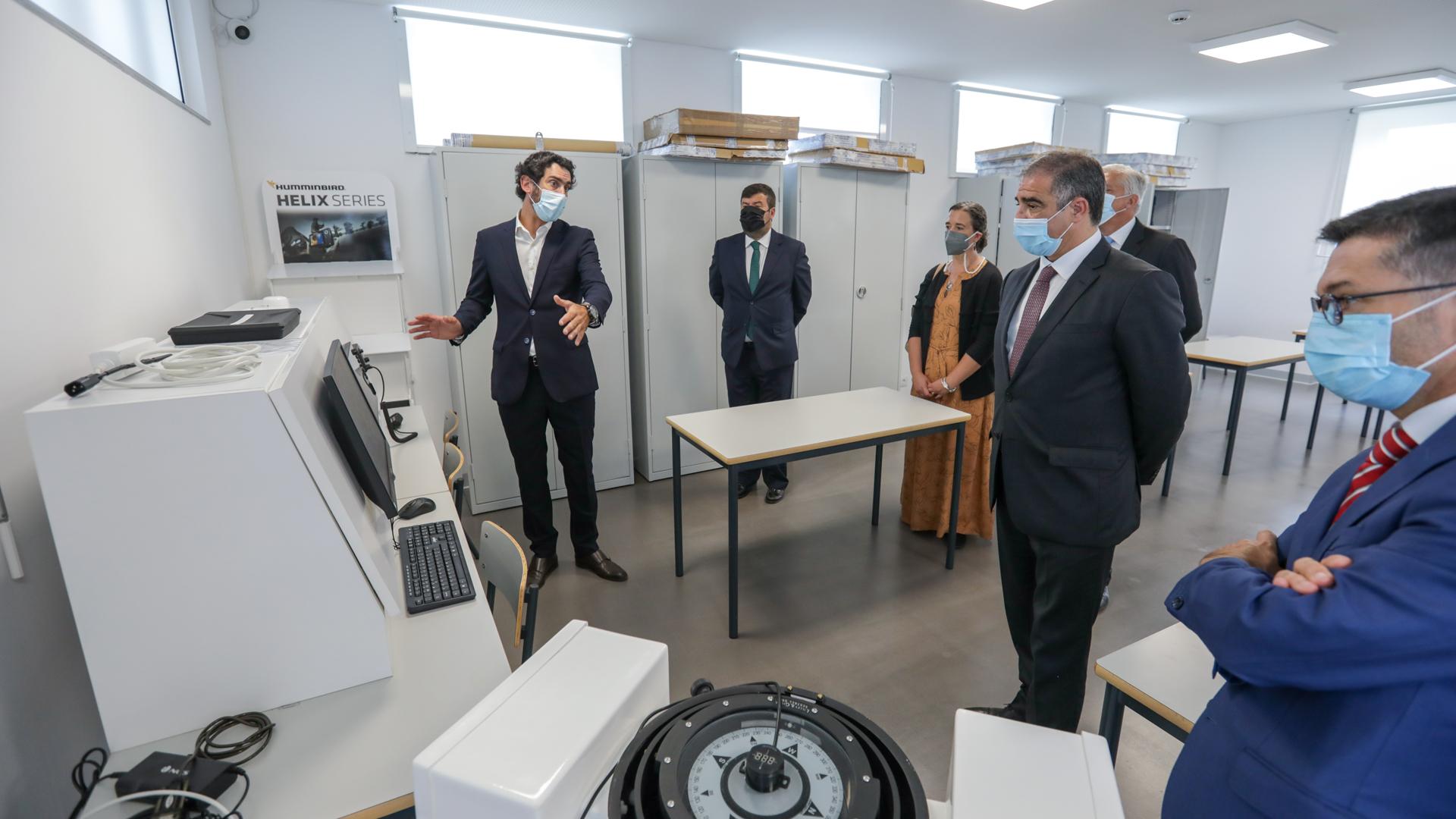 """""""Escola do Mar dos Açores é um projeto formativo, educativo e de futuro"""", valoriza José Manuel Bolieiro"""