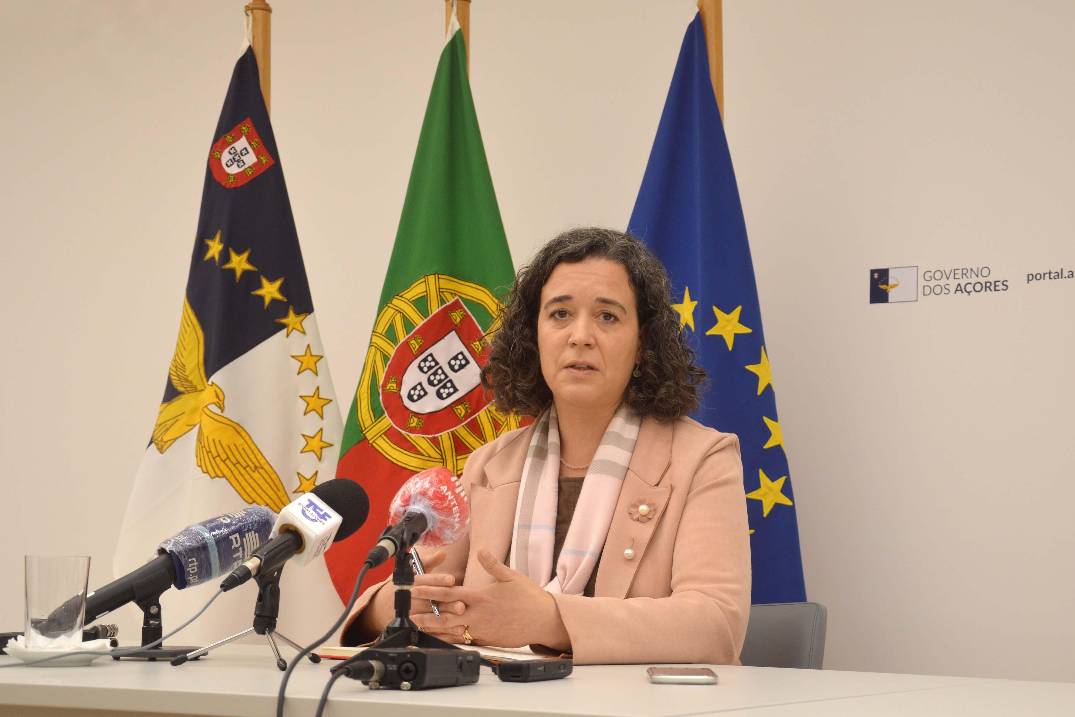 PROFESSORES DA REGIÃO PASSAM A PODER GOZAR FÉRIAS APÓS LICENÇA DE PARENTALIDADE
