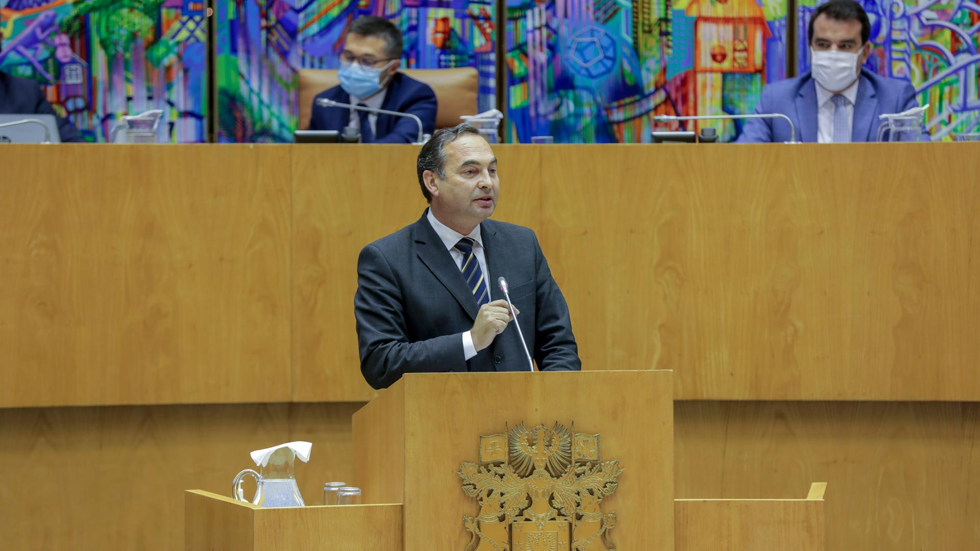 Secretário Regional da Agricultura e Desenvolvimento Rural apela ao consumo de produtos açorianos