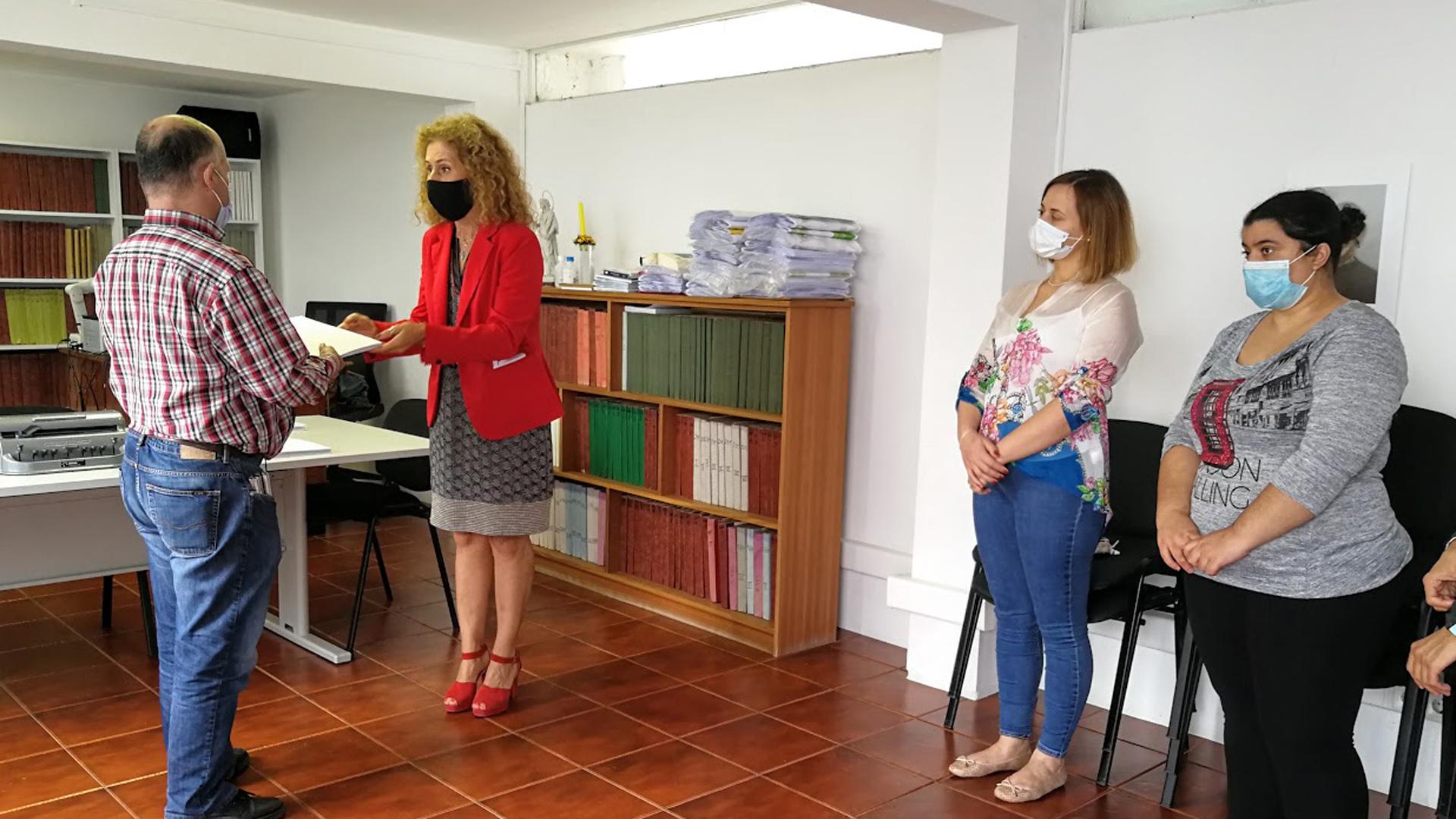 Oferta de exemplares da edição em braille da publicação 'Proteção Civil em Casa' à ACAPO