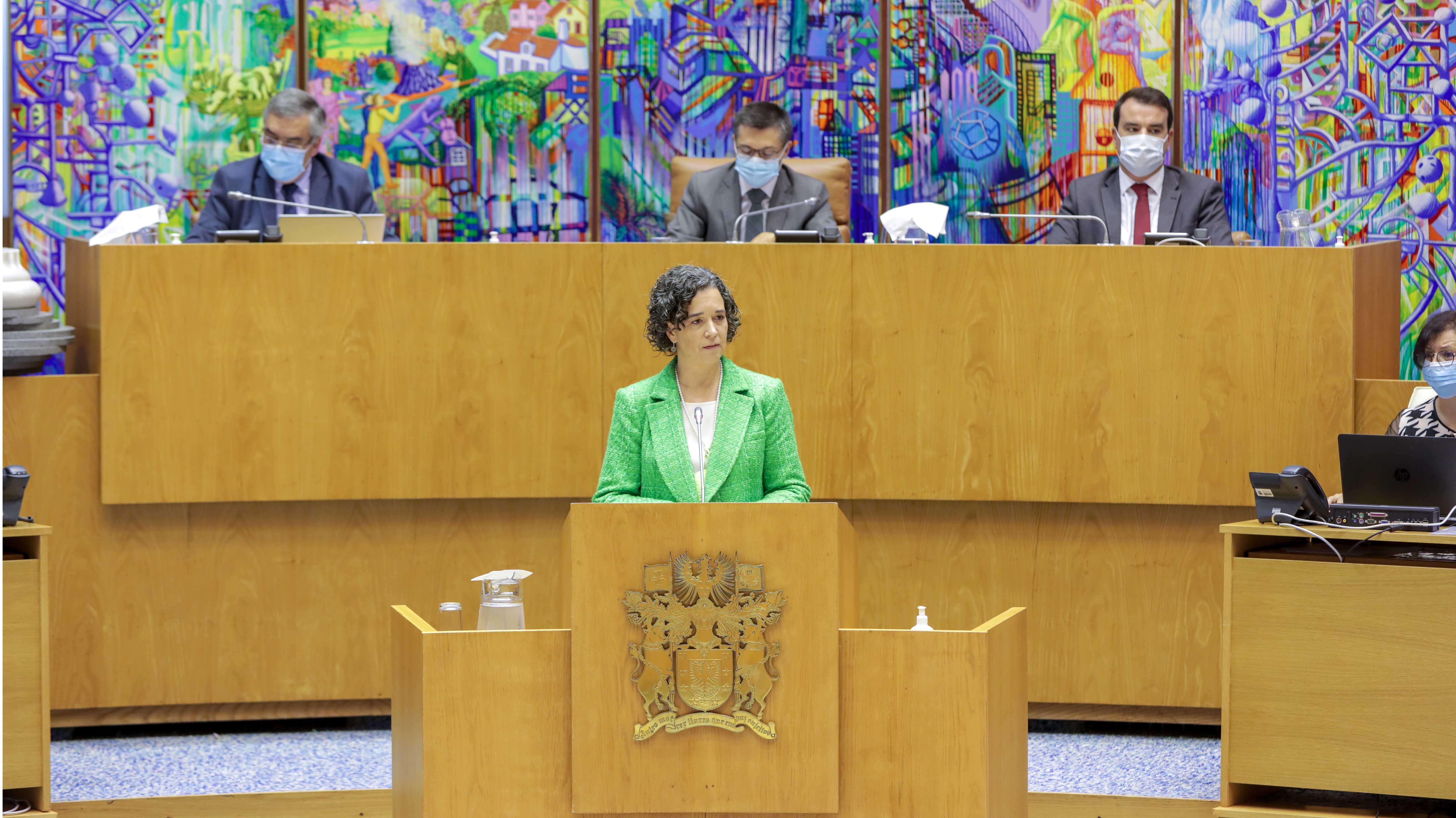 Sofia Ribeiro convida partidos para pacto de regime sobre Educação